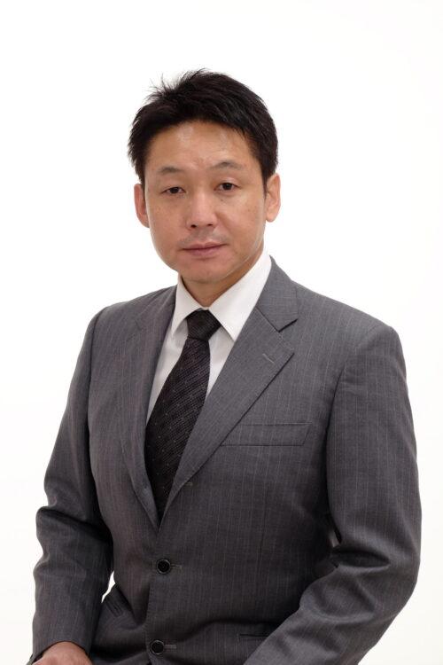 園田 章雄